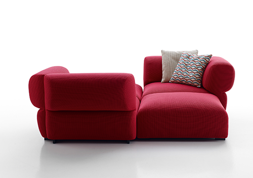 Butterfly sofa by Patricia Urquiola : localdesignercouchpngwidth500ampheight351 from houseoftheyear.co.nz size 500 x 352 png 186kB