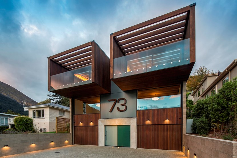 Double vision House Image 0